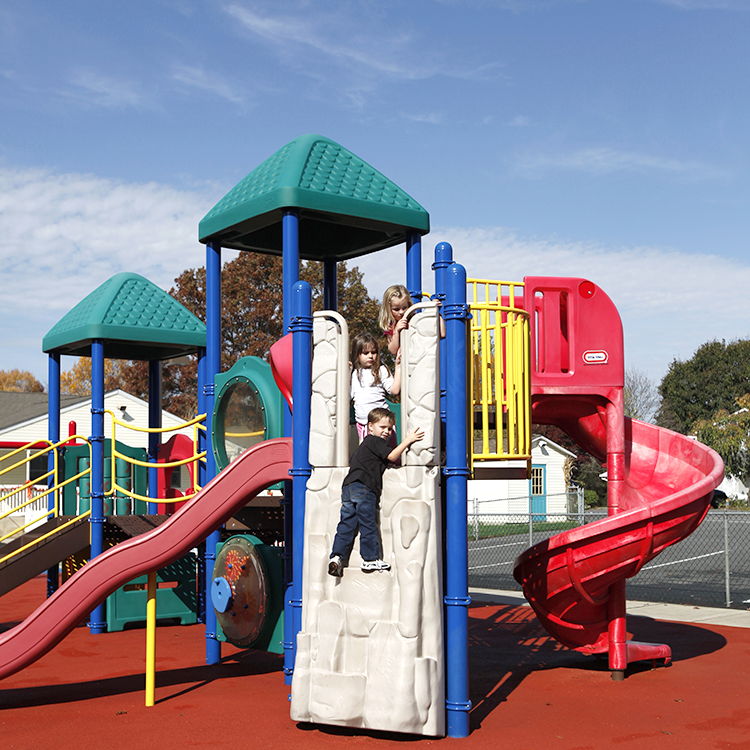 Pre-K Unit with Rock Climbing Wall, 2 sliding boards and a Twisty slide and piano